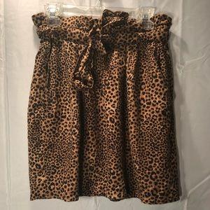 NWOT H&M Paper Bag Waist Leopard Print Skirt